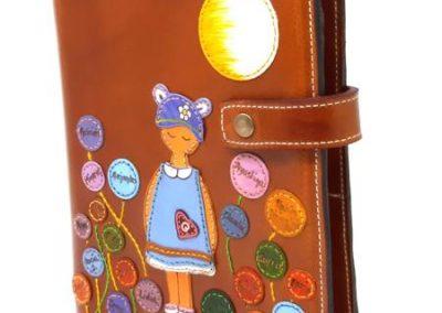Funda-agenda-profesora-niños-personalizada-anillas_450x600