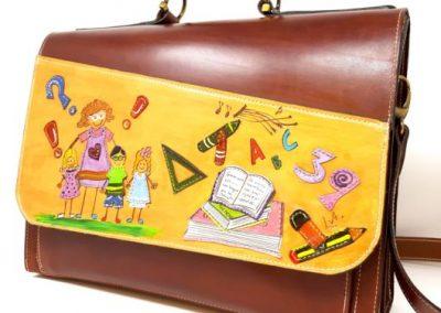 Portafolios-regalo-profesora-grupo-amigos-personalizado_529x600